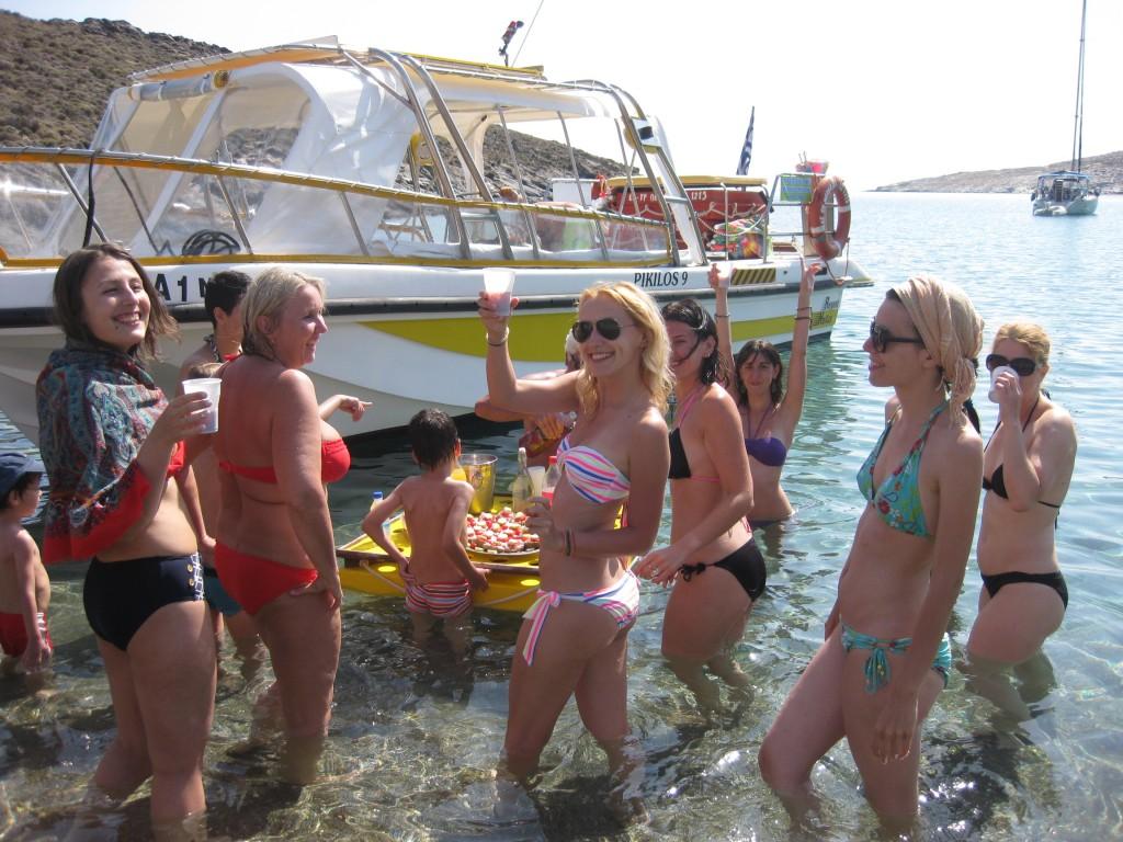 Φαγητό και ποτό στην παραλία των Γραμμάτων